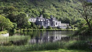 Kylemore Abbey included in our Galway Clifden and Connemara Tour
